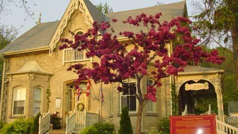 Telegraph House B&B, 205 Main Street, Port Stanley, Ontario Canada